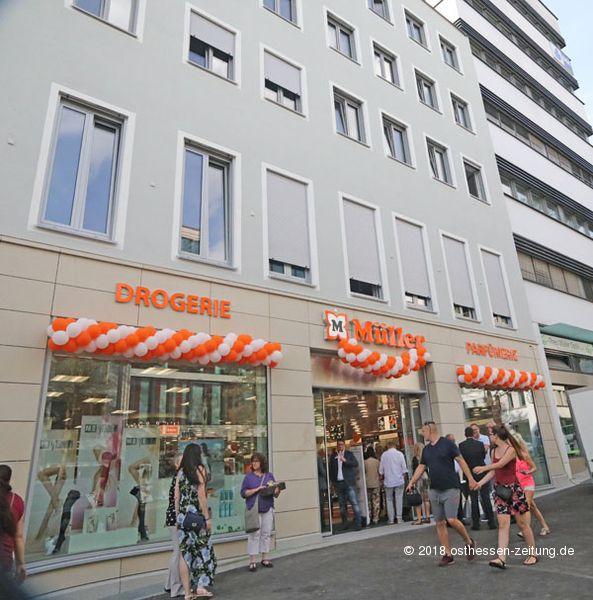 7f2c960df4922f Müller in der Bahnhofstraße eröffnet – Drogerie mit Vorzeigecharakter
