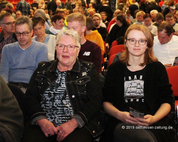 Dieter Nuhr Mit Scharfer Zunge 2800 Gaste Im Esperanto Fotos