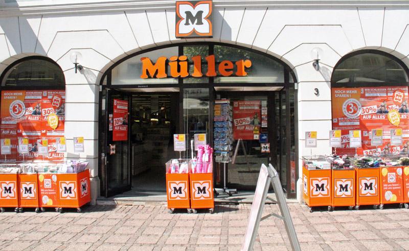 a5d3f179936233 Drogerie Müller in der Friedrichstraße schließt – Tränen fließen