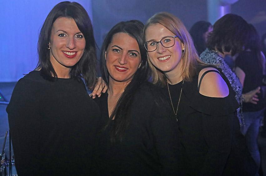 """Volles Haus beim """"Weissen Salon"""" – Weihnachten im S-Club – Fotos"""