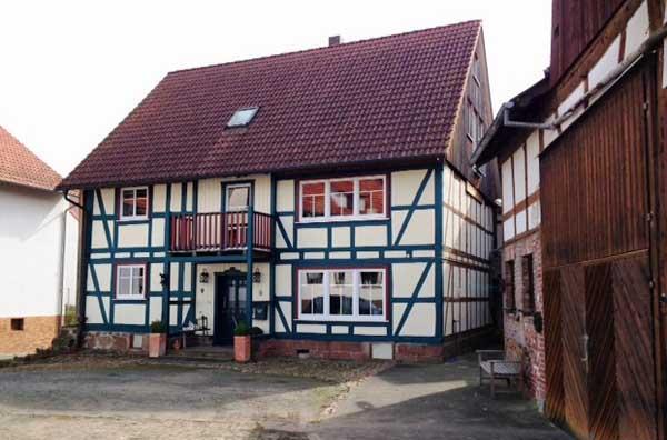 Kaufen Kleines Gehoft Mit Fachwerkhaus In Schlitz